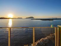 Ferienwohnung 1601210 für 10 Personen in Løvsøya