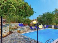 Vakantiehuis 1601269 voor 6 personen in Makratika