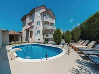 Holiday home 1604345 for 16 persons in Zadar