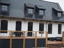 Vakantiehuis 1604365 voor 6 personen in Roost-Warendin
