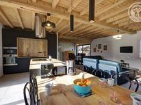 Ferienhaus 1604625 für 8 Personen in Saint-Just-Saint-Rambert