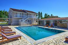 Casa de vacaciones 1606421 para 24 personas en Karousades