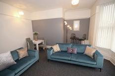 Holiday home 1606698 for 8 persons in Liverpool