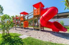 Vakantiehuis 1607050 voor 3 volwassenen + 3 kinderen in Peschiera del Garda