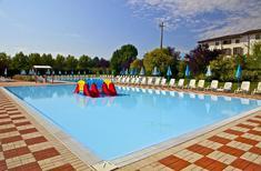 Semesterhus 1607053 för 4 vuxna + 1 barn i Peschiera del Garda