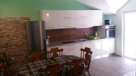Appartement 1608930 voor 6 personen in Povlja