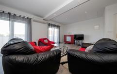 Appartement 1609002 voor 4 personen in Rab