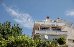 Holiday apartment 1609011 for 5 persons in Rab