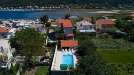 Ferienwohnung 1609102 für 4 Personen in Supetarska Draga