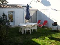 Ferienhaus 1610545 für 4 Personen in La Couarde-sur-Mer