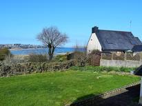 Ferienhaus 1610926 für 8 Personen in Louannec