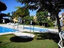 Ferienwohnung 1612174 für 4 Personen in Islantilla
