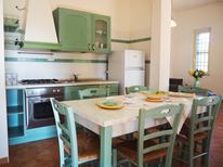 Appartement de vacances 1612664 pour 6 personnes , Botricello