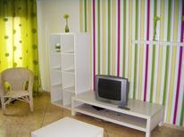 Ferienhaus 1614173 für 9 Personen in Peniche