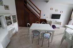 Ferienhaus 1615148 für 6 Personen in Lignano Pineta