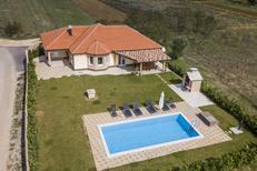 Vakantiehuis 1617025 voor 8 personen in Postranje