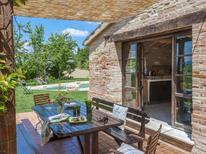 Ferienhaus 1619048 für 13 Personen in Montefelcino