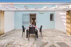 Ferienwohnung 1619154 für 5 Personen in Lizzano