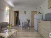 Studio 1619465 for 2 persons in Pérouges-Rapan