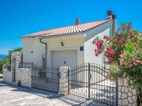Ferienhaus 1622615 für 8 Personen in Novi Vinodolski