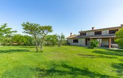 Vakantiehuis 1622960 voor 9 personen in Pievasciata
