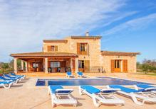 Holiday home 1623588 for 12 persons in Cala d'Or