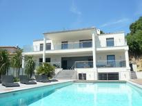 Ferienhaus 1627174 für 12 Personen in Antibes