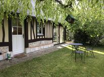 Vakantiehuis 1627997 voor 3 personen in Notre-Dame-de-Bliquetuit