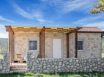 Villa 1628697 per 2 persone in Pašman