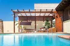 Ferienhaus 1629301 für 9 Personen in Marina di Mancaversa