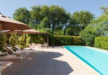 Ferienhaus 1629440 für 12 Personen in Pernes-les-Fontaines