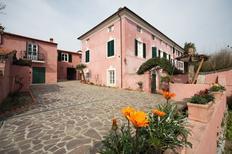 Villa 1629642 per 6 persone in Corsanico-Bargecchia