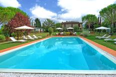 Holiday home 1630050 for 18 persons in Pieve a Presciano