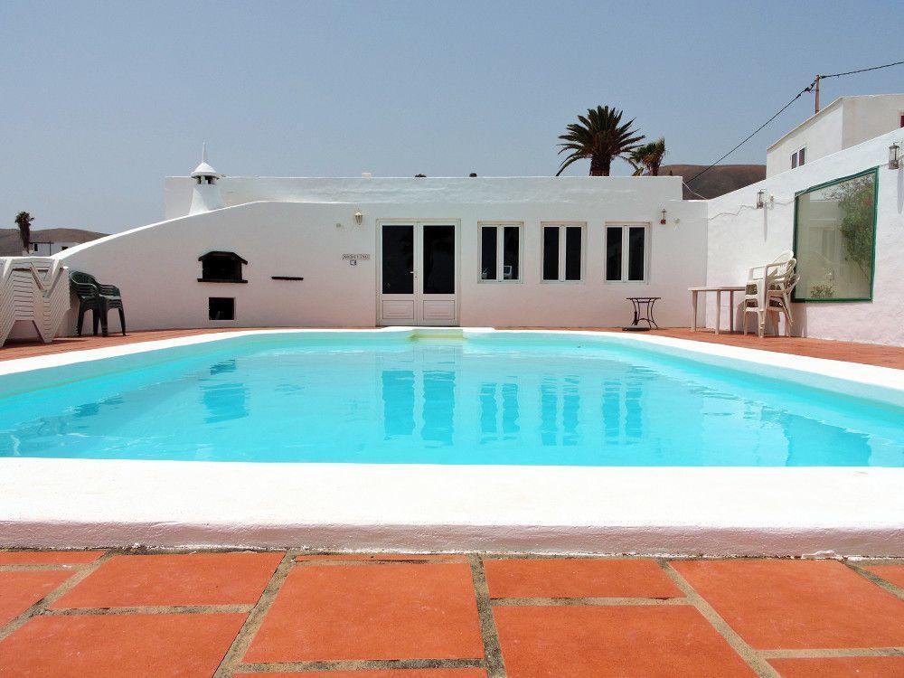 Ferienhaus mit Privatpool für 22 Personen  +    Lanzarote