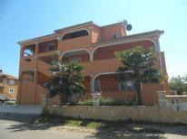 Ferienwohnung 1633126 für 2 Personen in Bužinija