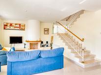 Ferienhaus 1633654 für 12 Personen in Roda De Barà