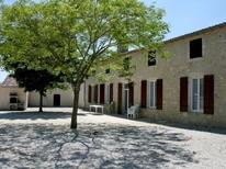 Villa 1634369 per 8 persone in Civrac-en-Médoc
