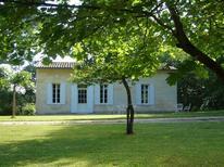 Vakantiehuis 1634436 voor 6 personen in Puisseguin