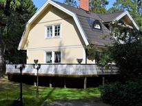 Casa de vacaciones 1634704 para 20 personas en Djurhamn