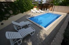 Holiday apartment 1635075 for 6 persons in Lozice auf Vir