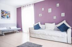 Holiday apartment 1635355 for 10 persons in Pompei
