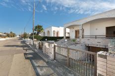 Ferienwohnung 1638453 für 5 Personen in Marina di Mancaversa