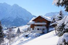 Ferienwohnung 1638524 für 3 Personen in Hirschegg im Kleinwalsertal