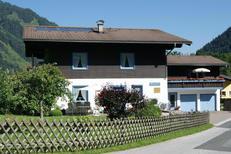 Vakantiehuis 1638599 voor 3 volwassenen + 2 kinderen in Rauris