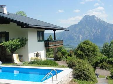 Gemütliches Ferienhaus : Region Traunsee für 6 Personen