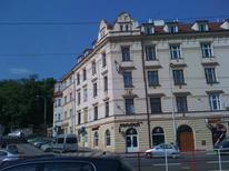 Appartement 1639391 voor 2 personen in Praag 5-Slivenec, Smíchov, Barrandov