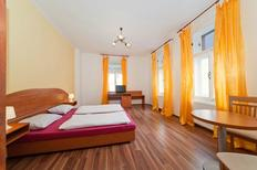 Holiday apartment 1639392 for 4 persons in Prague 7-Troja, Holešovice