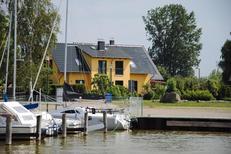Ferienhaus 1639544 für 6 Personen in Neuendorf