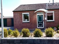 Ferienhaus 1639678 für 4 Personen in Berumbur