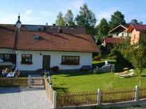 Vakantiehuis 1639952 voor 8 personen in Neukirchen